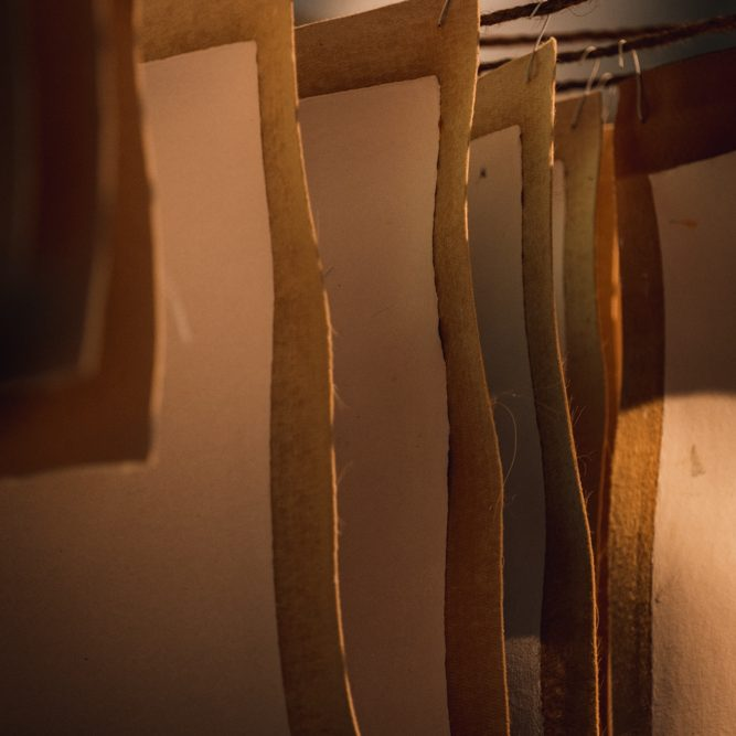 Fabrication papier artisanal mayenne - 79